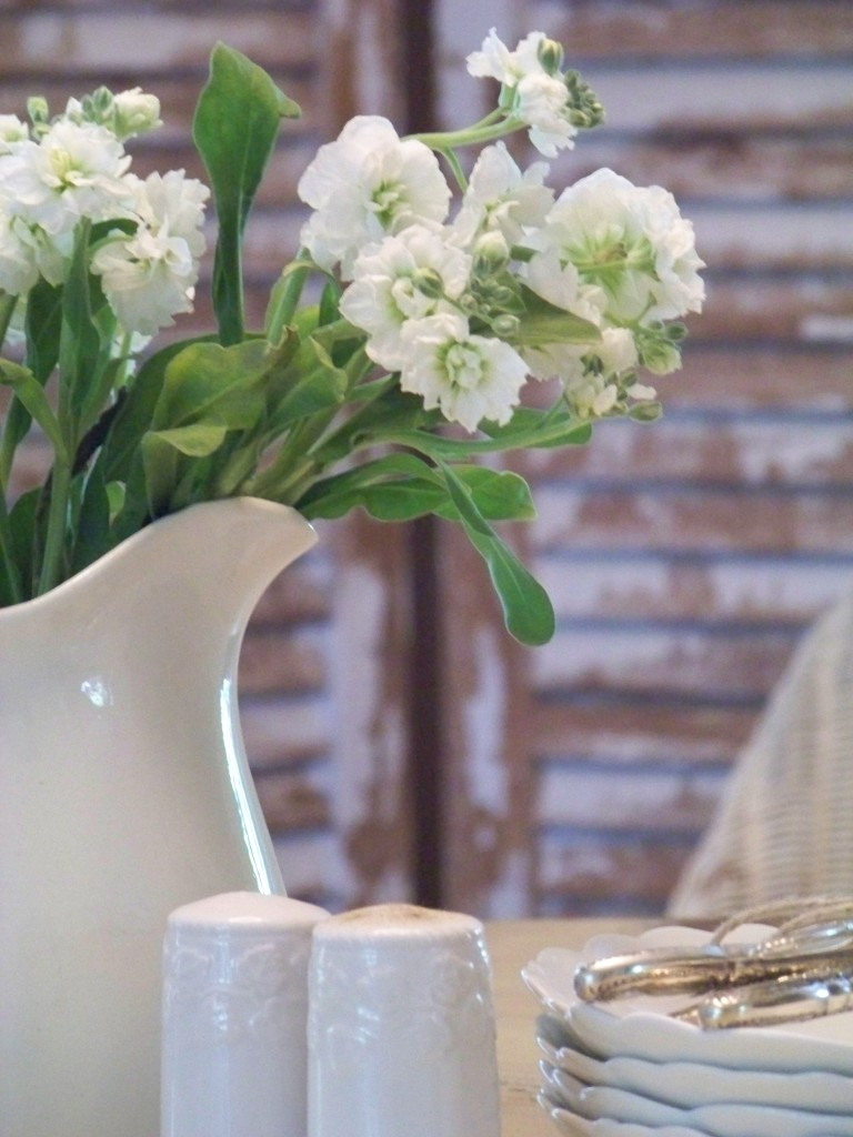 Cottage Fix - white flowers in the dining room
