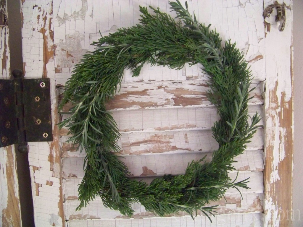 Cottage Fix blog - holiday wreath made out of greenery from the garden