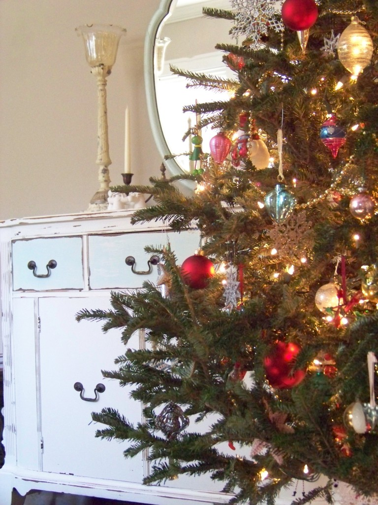 Cottage Fix - Oh Christmas Tree