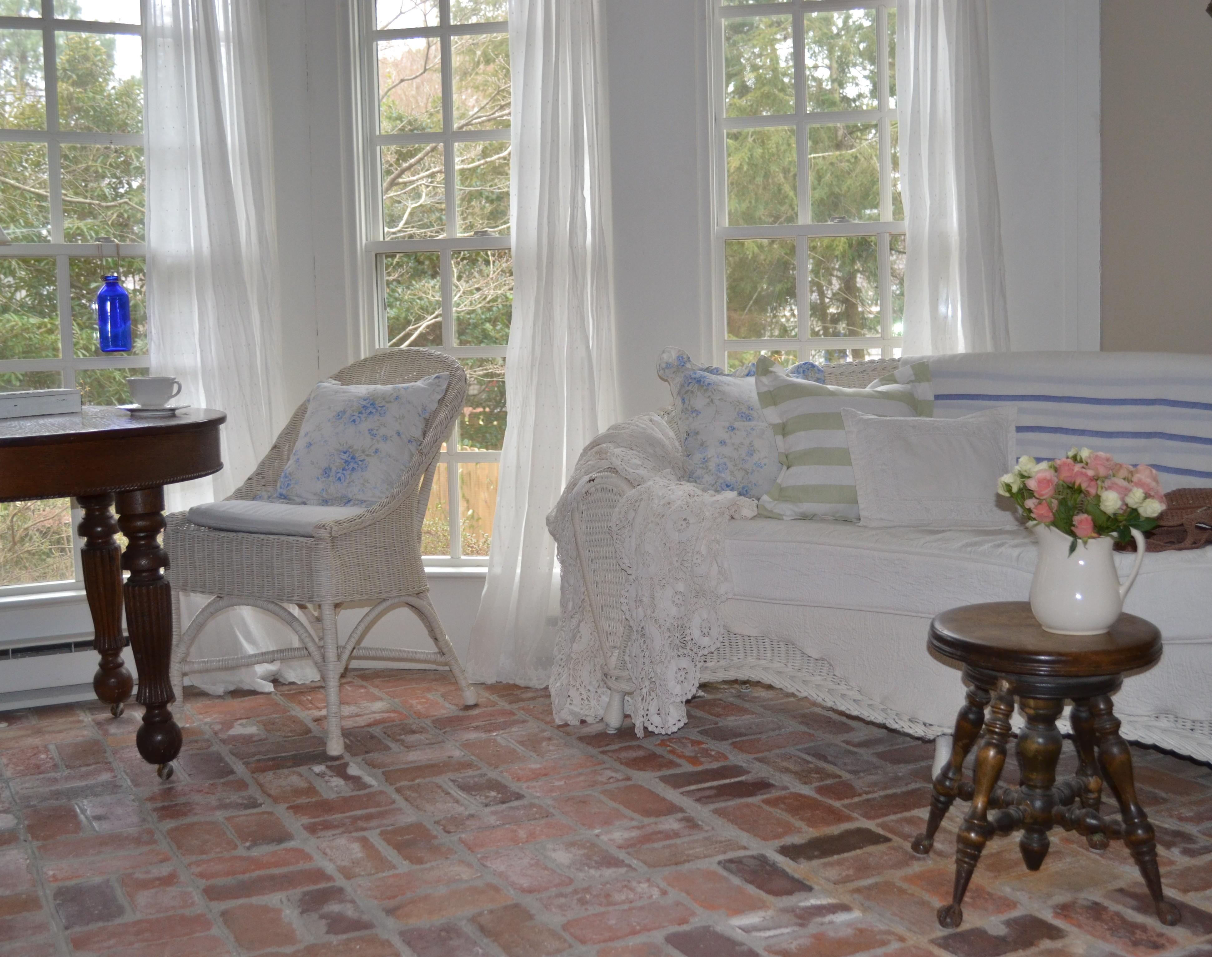 Vintage Treasure Hunting For Your Cottage Cottage Fix