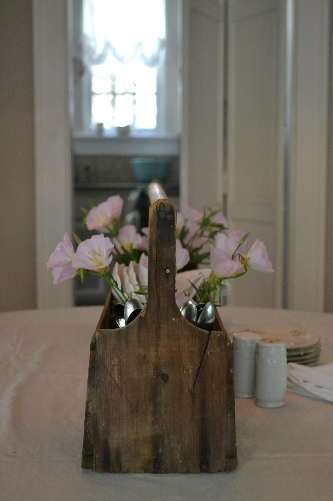 vintage toolbox centerpiece with primrose