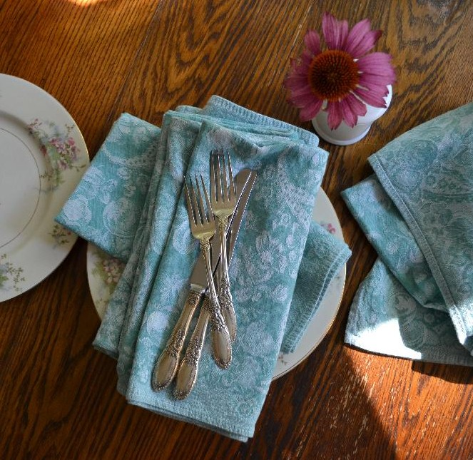 Cottage Fix - teal napkins
