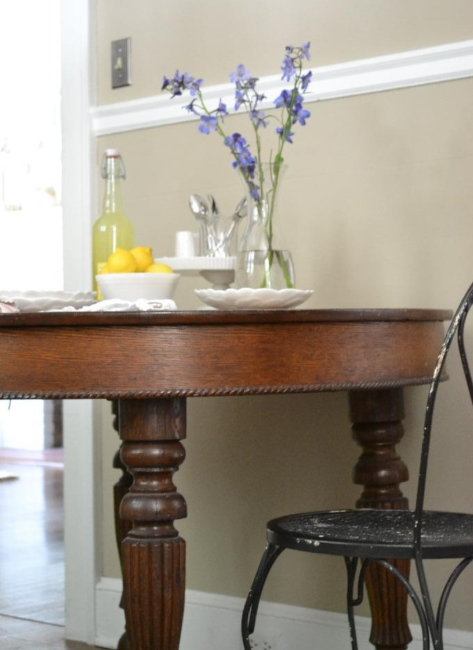 Cottage Fix - kitchen table