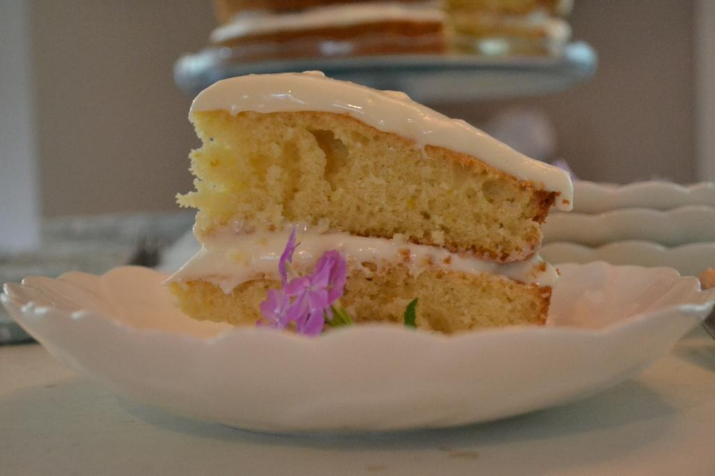 Cottage Fix - lemon layer cake recipe