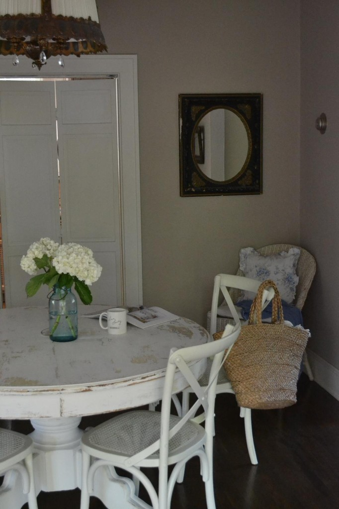 Cottage Fix - dining room with blue Ball jar and white hydrangeas