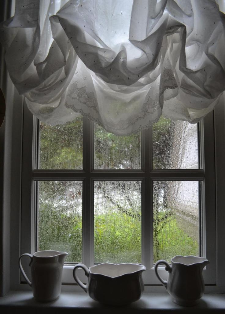 Cottage Fix - kitchen window in the rain