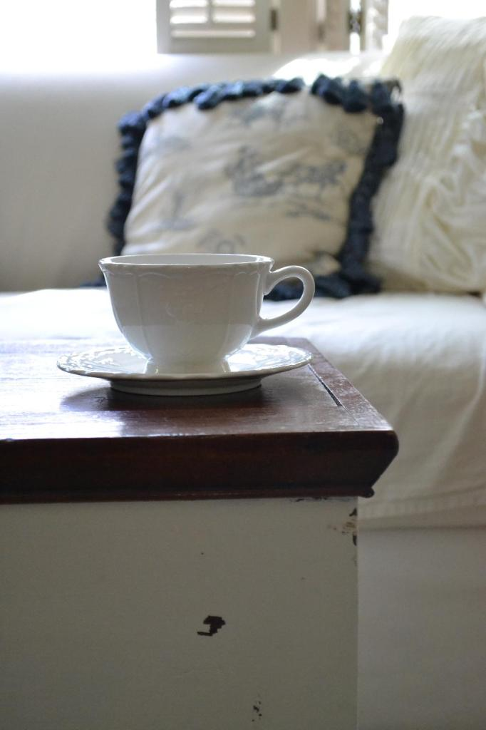 Cottage Fix - white tea cup
