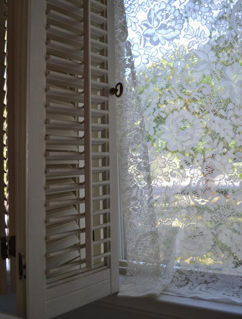 Cottage Fix - white lace curtains