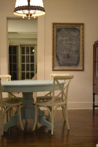 Cottage Fix - dining table robins egg blue