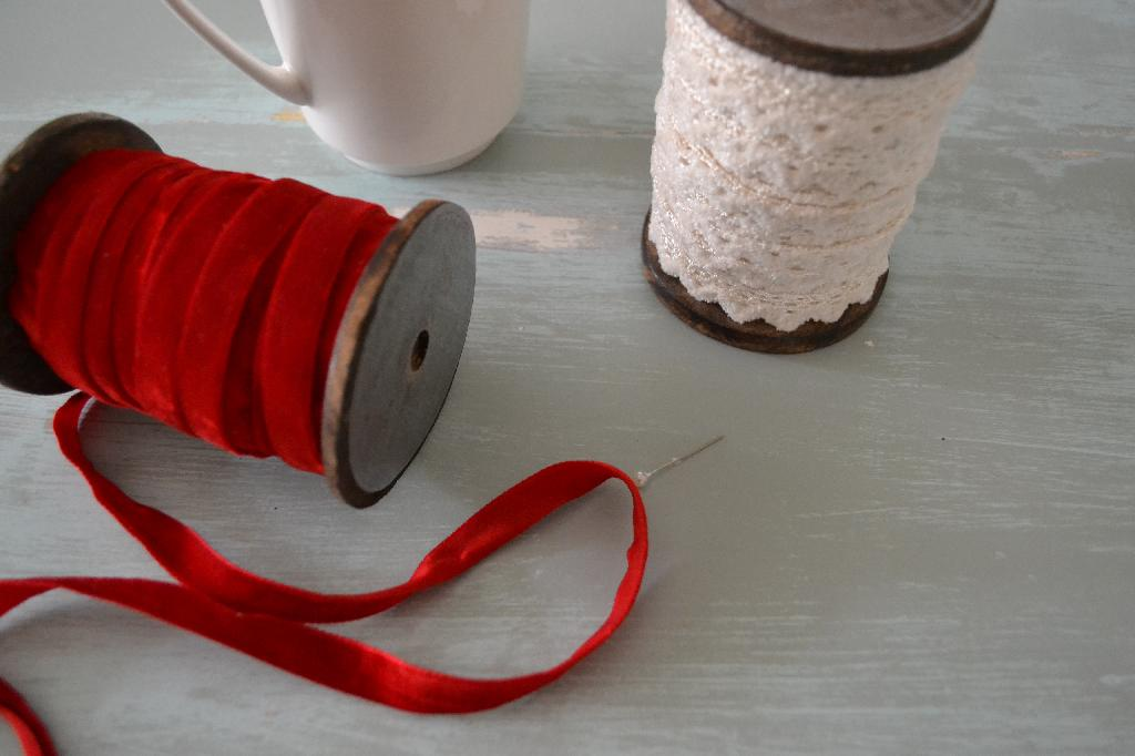 Cottage Fix - Christmas ribbon