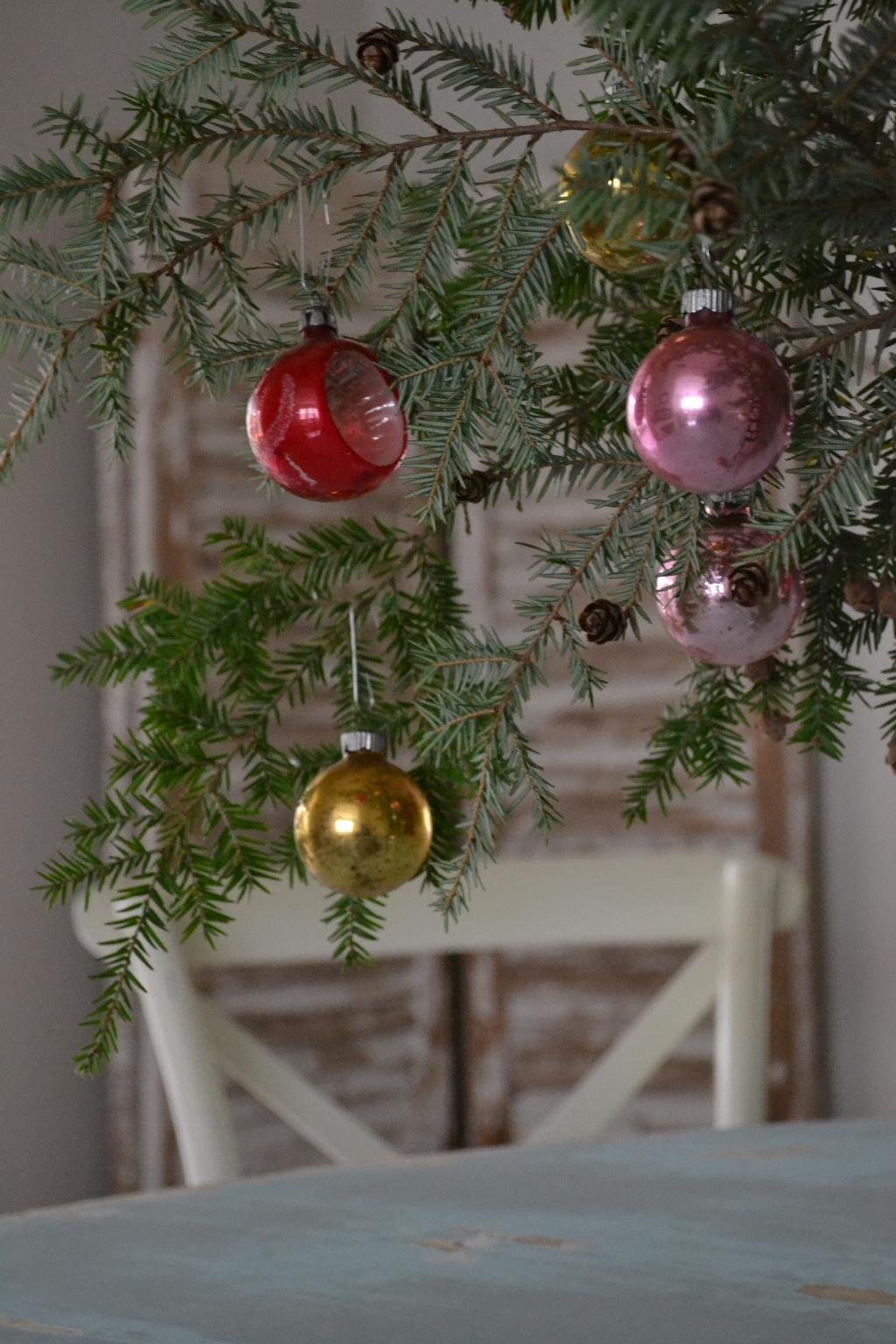 Cottage Fix - fresh greenery and vintage baubles