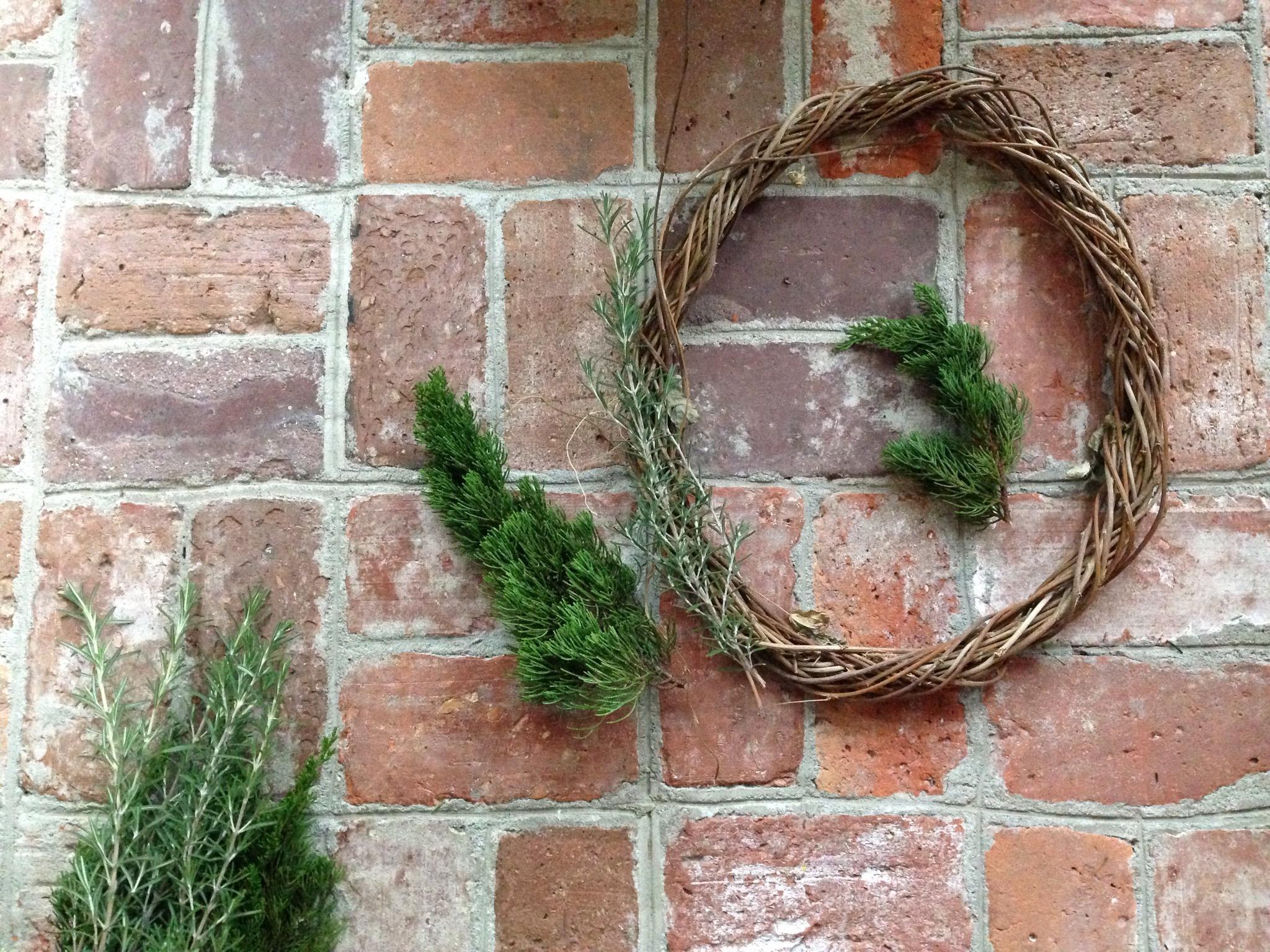 Cottage Fix - DIY garden wreath
