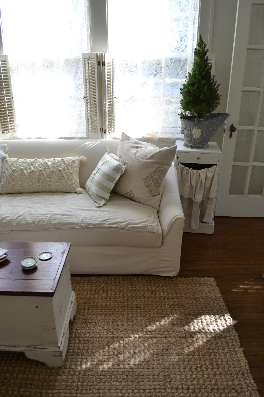Cottage Fix - nubby natural fiber rug in our living room