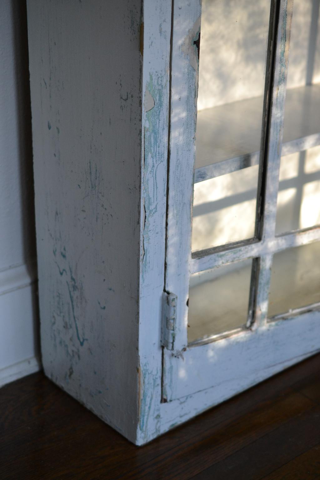 Cottage Fix - chippy paint cabinet