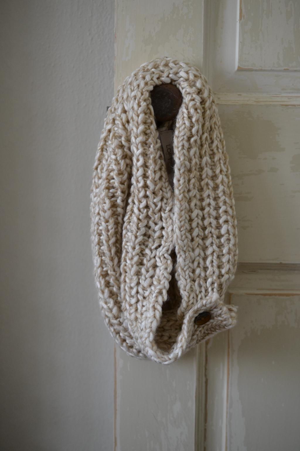 Cottage Fix - cozy scarf