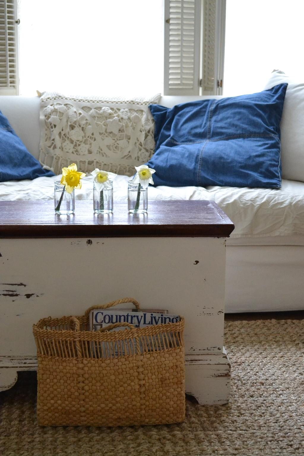 Cottage Fix - denim pillows and daffodils... spring decor
