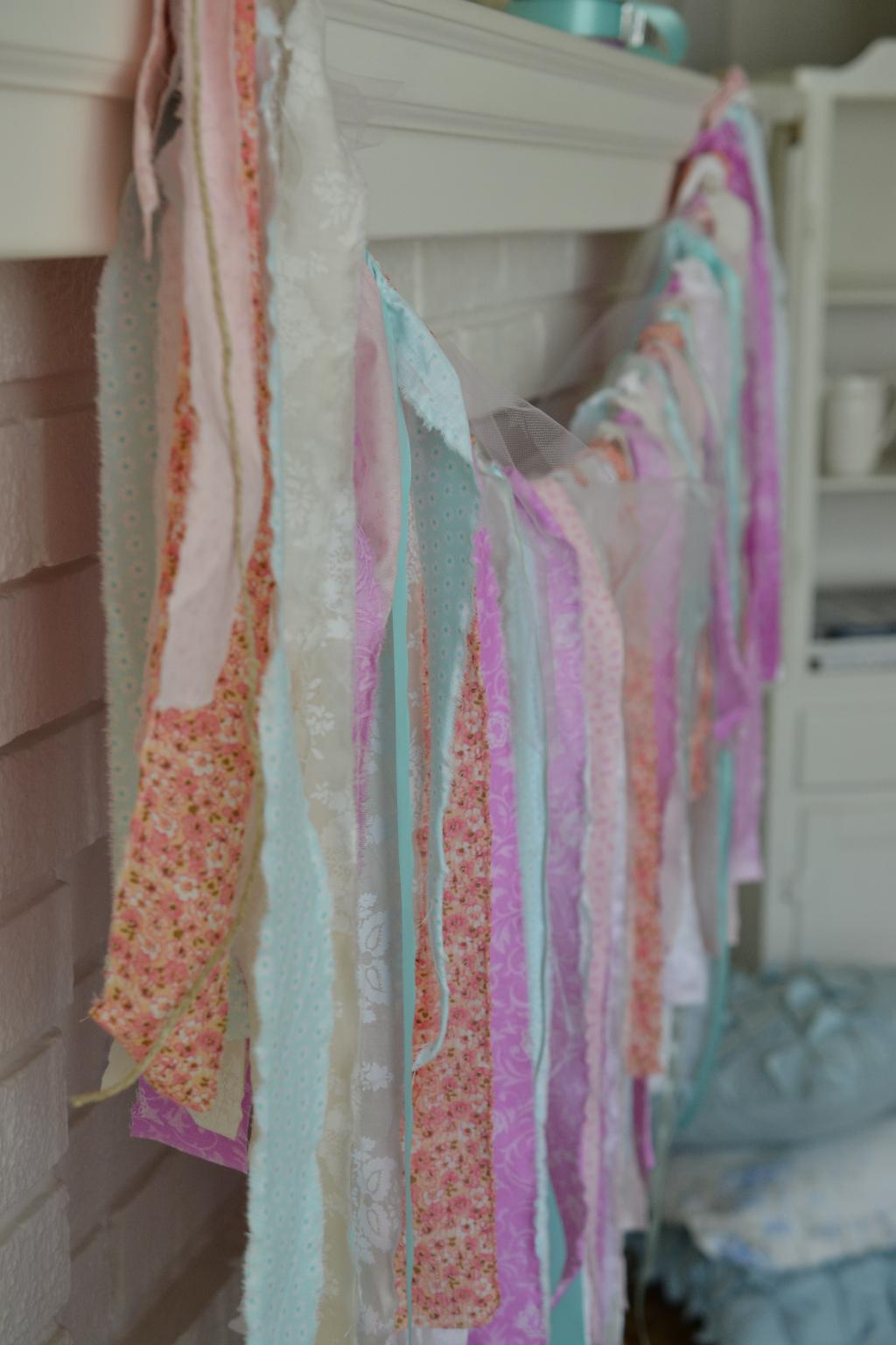 Cottage Fix - boho garland for Spring
