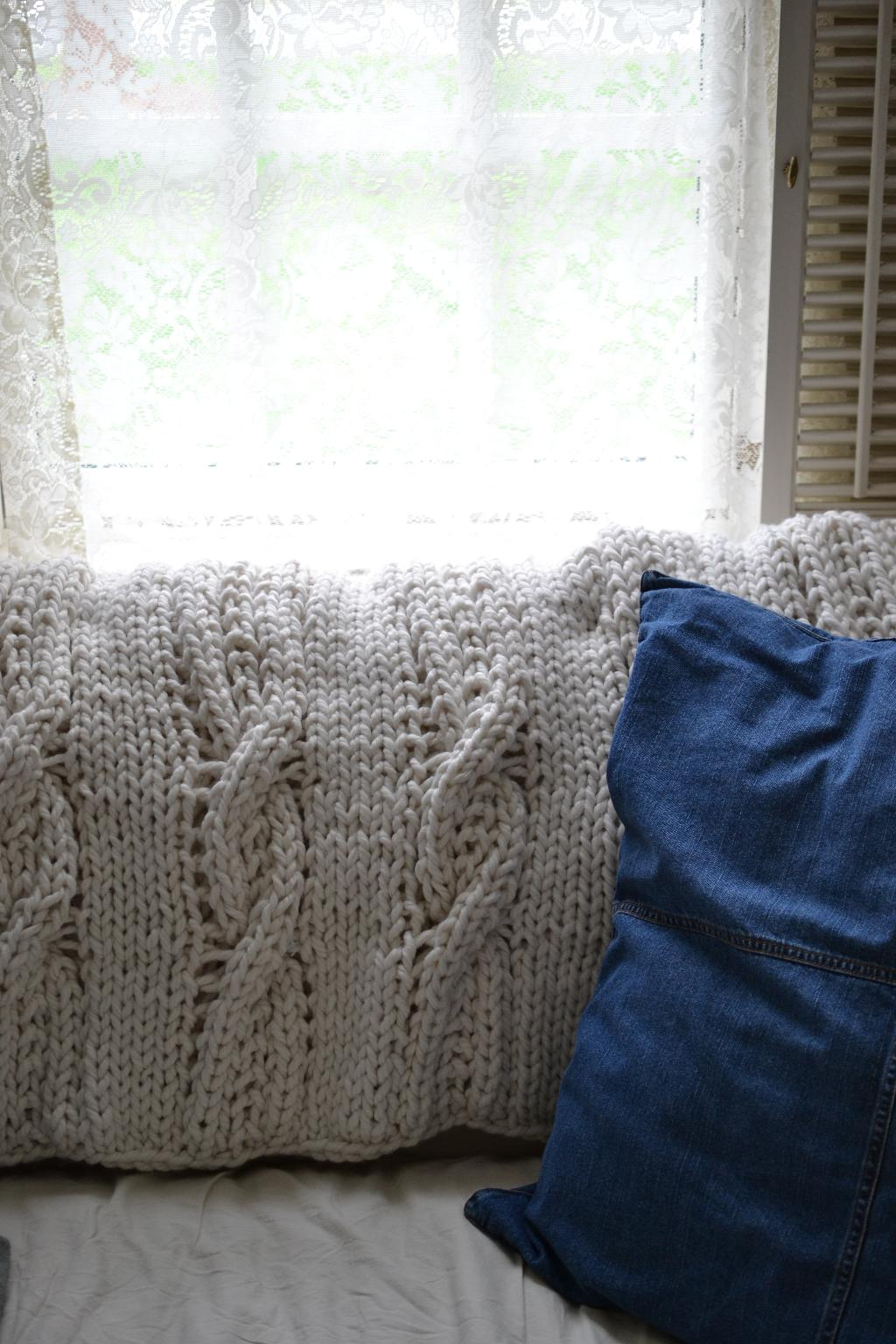 Cottage Fix blog - Pottery Barn cable knit throw and a denim sham