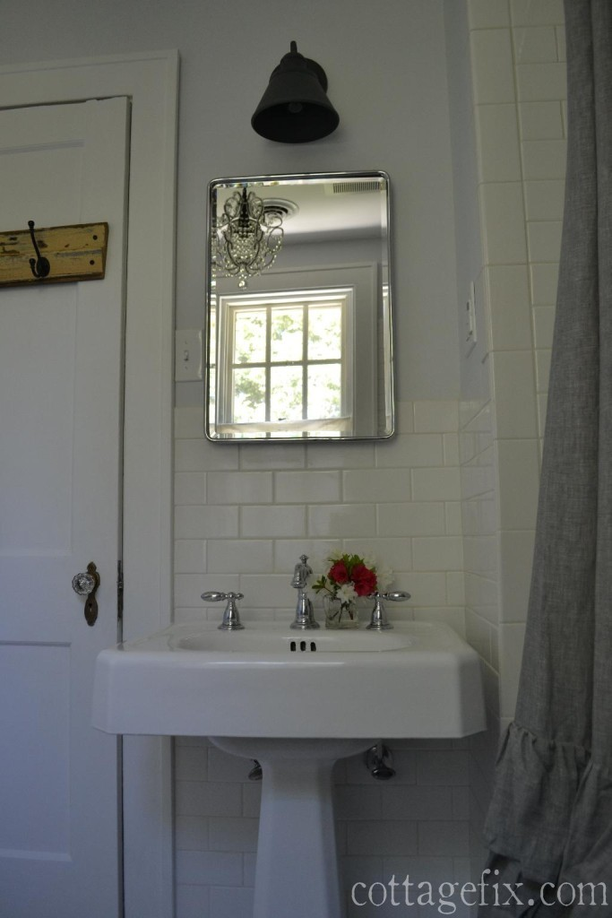 Cottage Bathroom Wall Lights : cottage style bathroom remodel cottage fix
