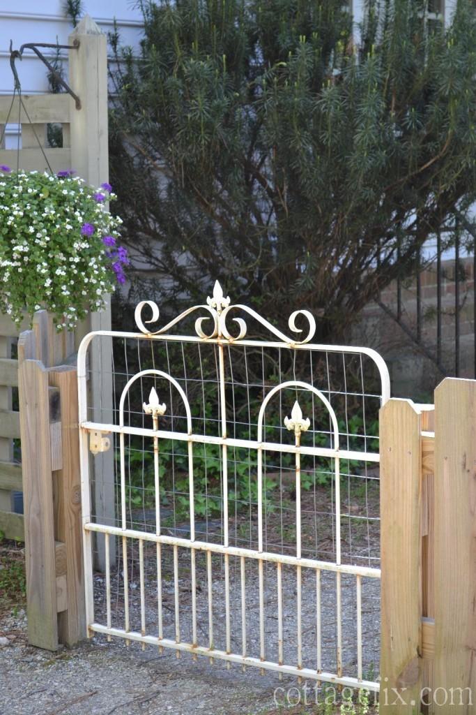 Cottage Fix blog - cottage style garden gate