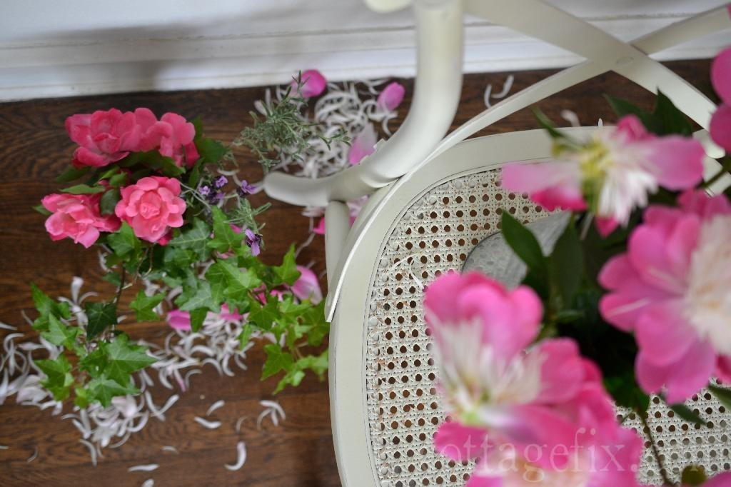 Cottage Fix blog - spring blooms