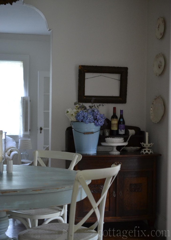 Cottage Fix blog - dining room with French farmhouse inspired bouquet