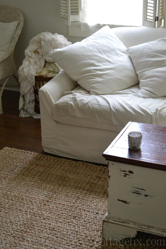 Cottage Fix blog - living room whites