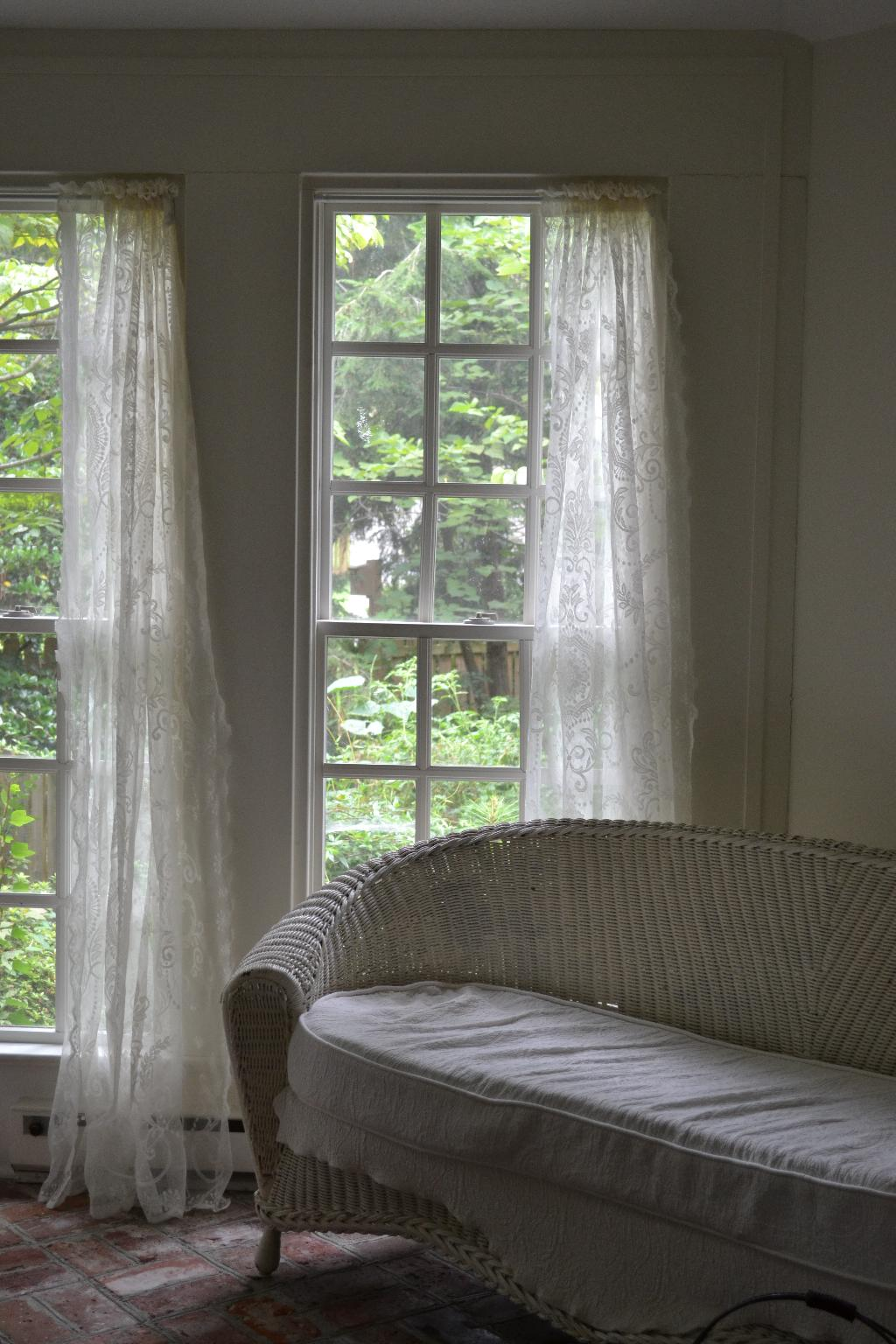 Sally Verses The Curtains Round Two Cottage Fix