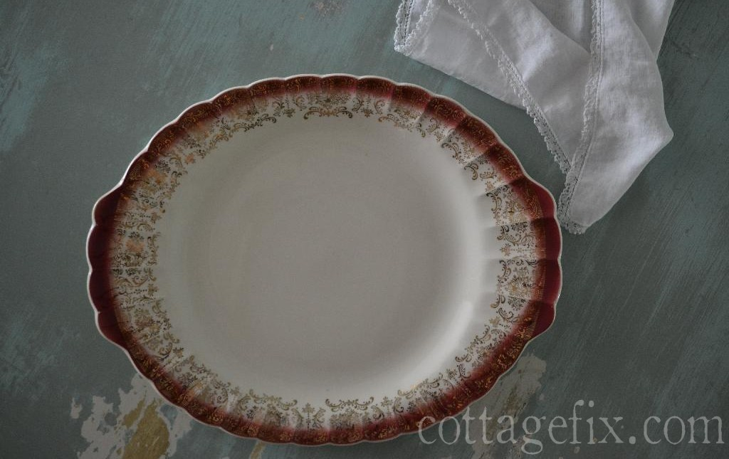 Cottage Fix blog - pretty vintage finds; maroon and gold scalloped edge plate