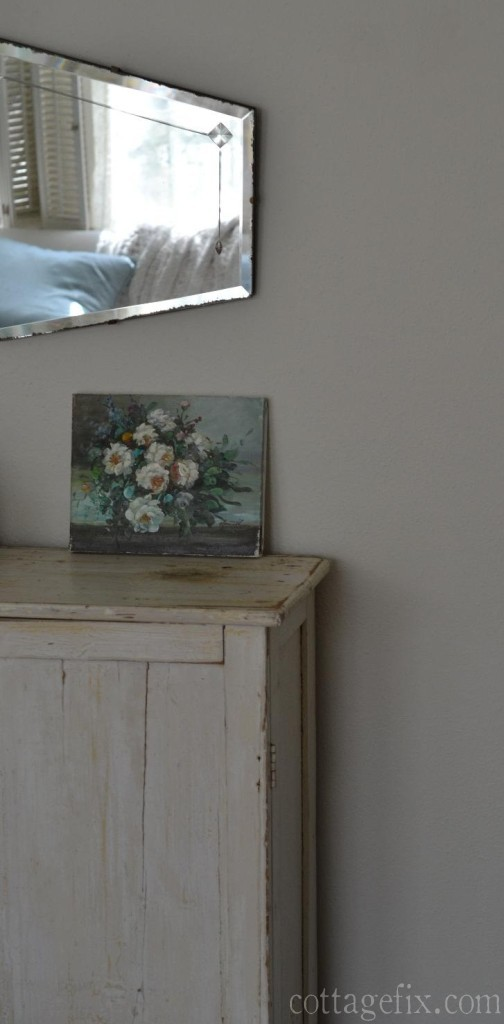 Cottage Fix blog - pretty vintage finds; oil on canvas