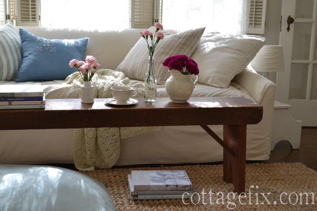 Cottage Fix blog - pink blooms in the living room