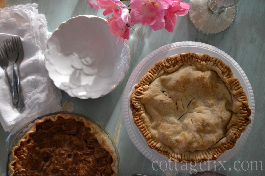 Cottage Fix blog - holiday pies