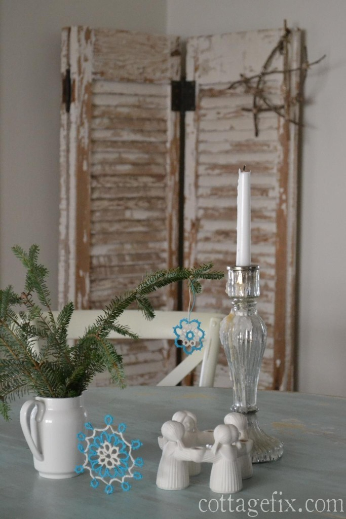 Cottage Fix blog - greenery with crochet snowflakes