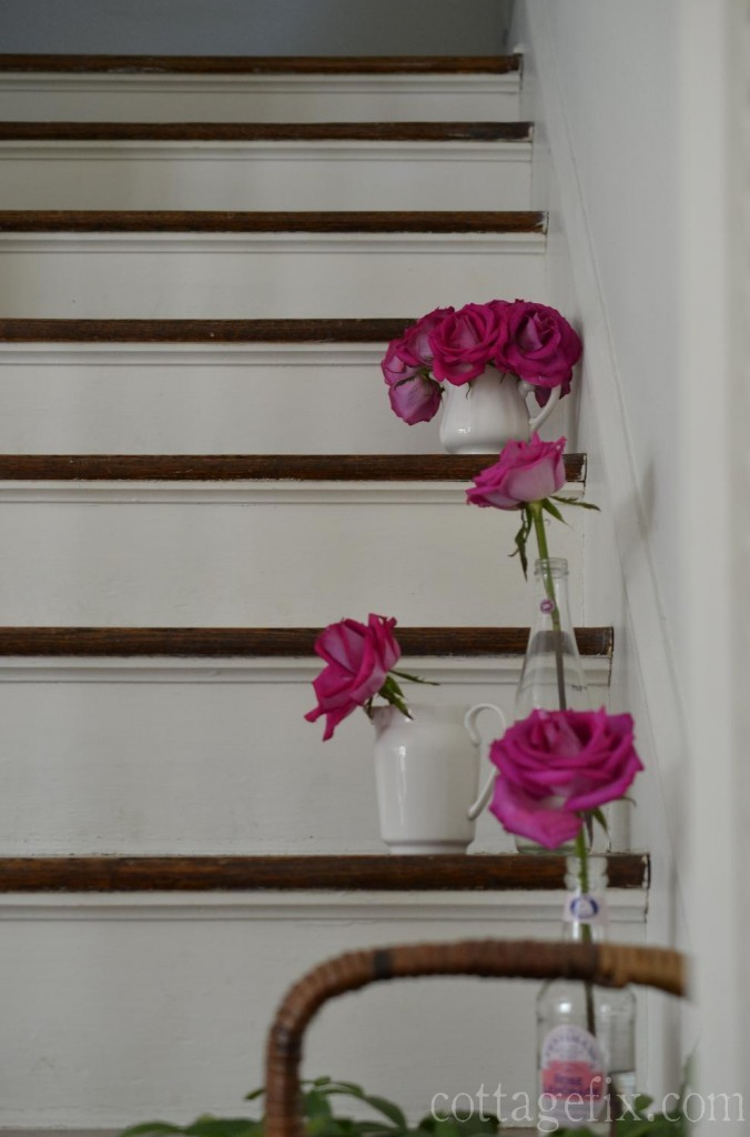 Cottage Fix blog - roses in the stairwell