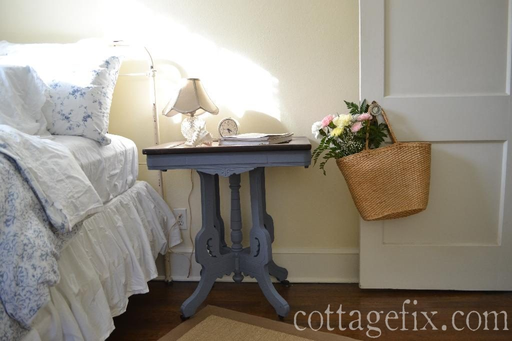 Cottage Fix blog - Friday flowers - carnations in the guest room