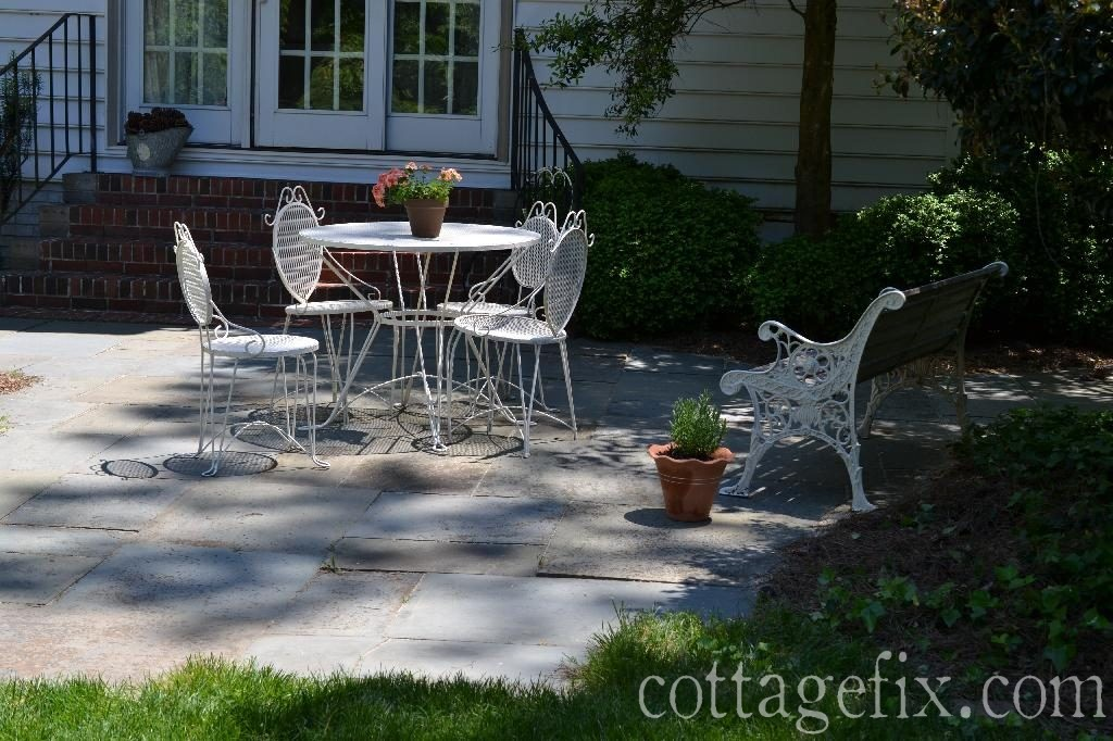 Cottage Fix blog - the back patio