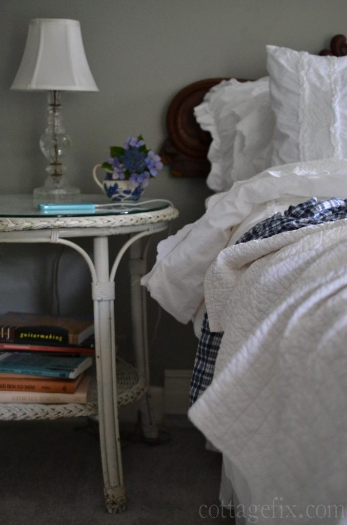 Cottage Fix blog - beachy bedroom