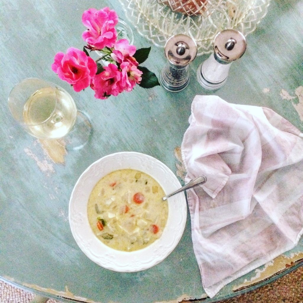Cottage Fix blog - summer corn and cheddar chowder