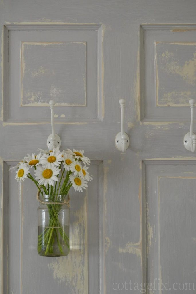 Cottage Fix blog - daisies from the garden