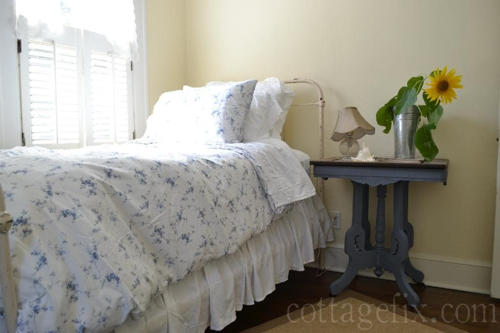 Cottage Fix blog - sunflower and Simply Shabby Chic bedding