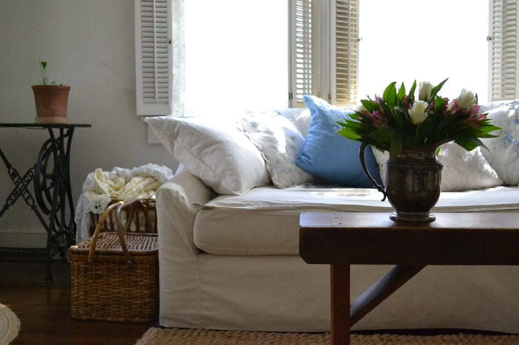 Cottage Fix blog - blue and white sofa and an autumn bouquet