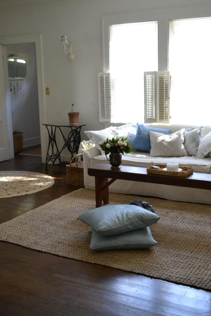 Cottage Fix blog - living room with shabby chic pillows