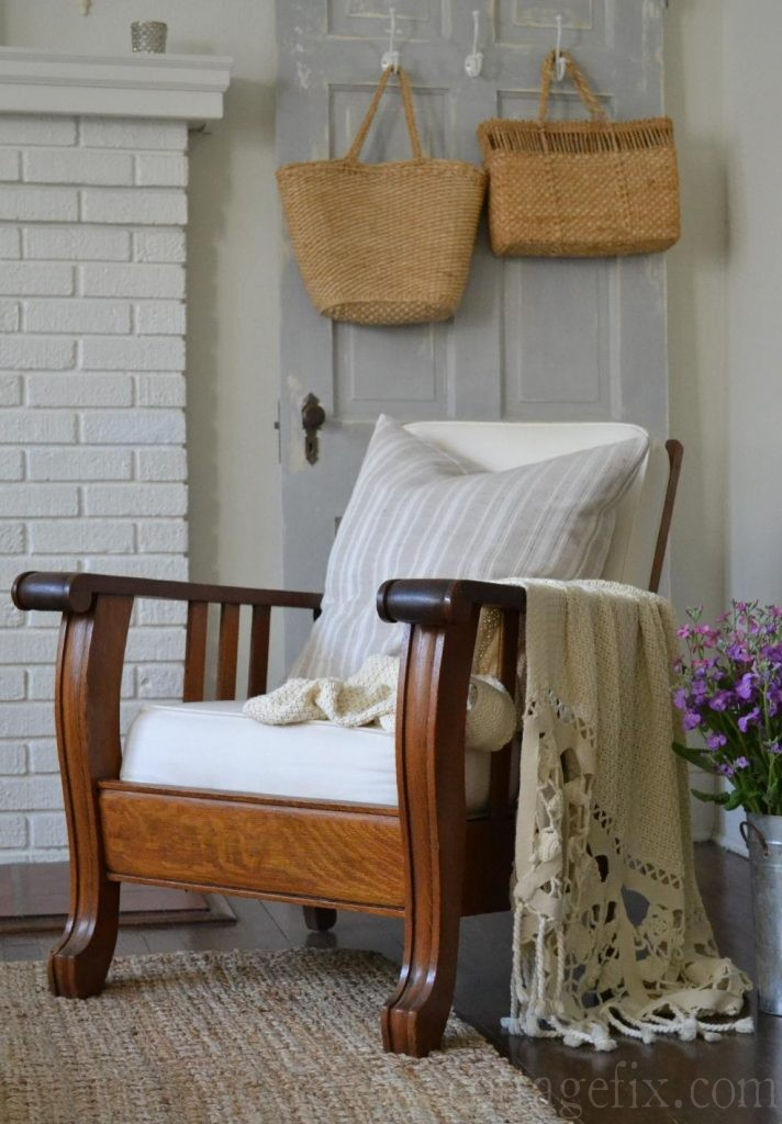 Cottage Fix blog - vinatge Morris chair
