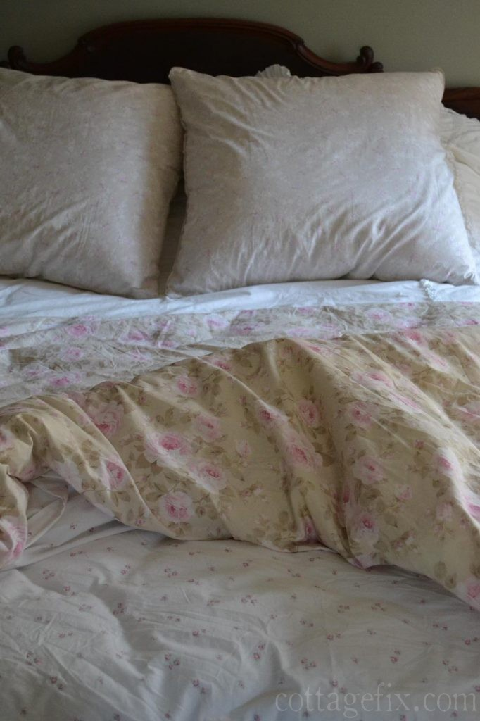 Cottage Fix blog - shabby chic bedding