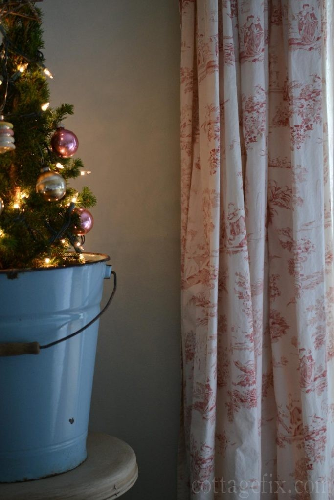 Cottage Fix blog - vintage baubles and red toile