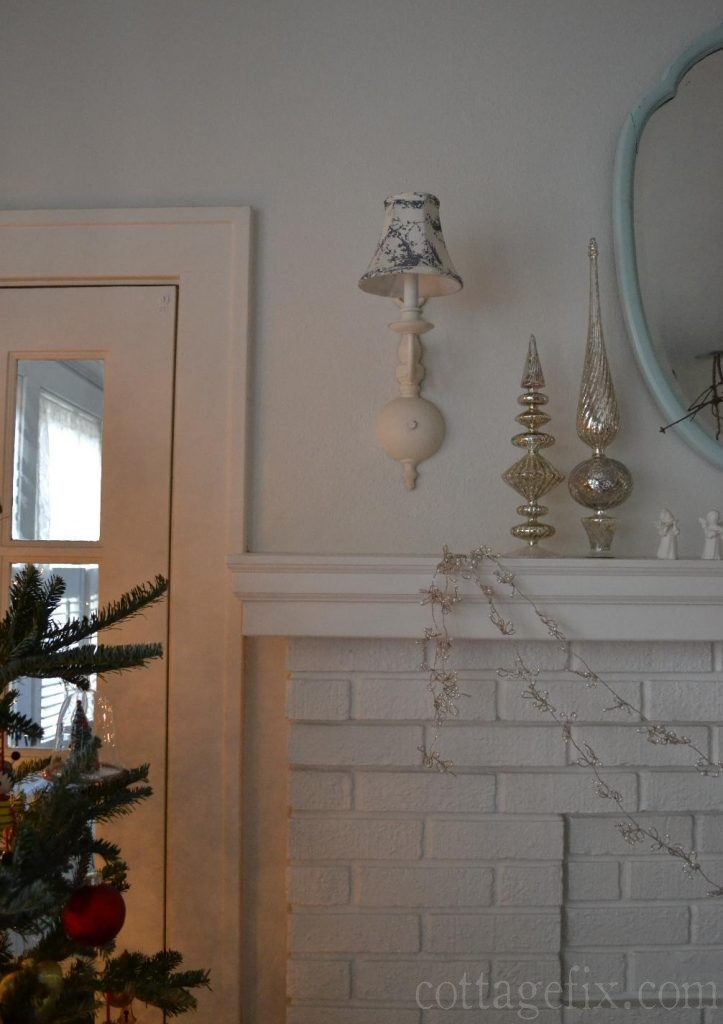 Cottage Fix blog - Christmas mantle with silver finials