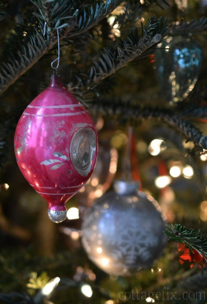 Cottage Fix blog - vintage pink baubles
