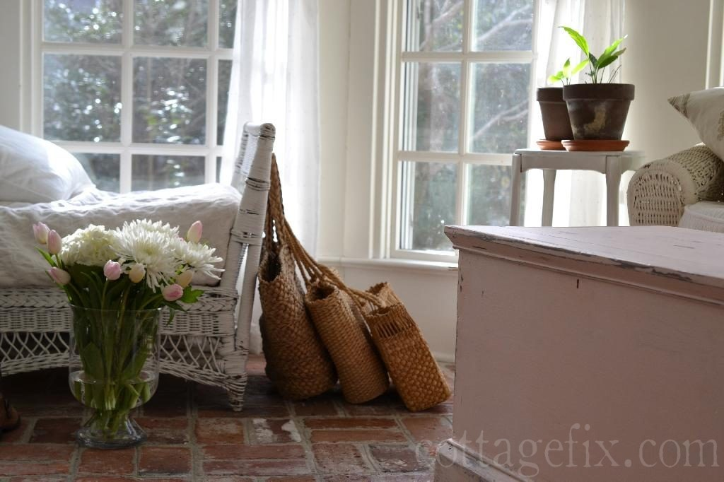 Cottage Fix blog - the sun porch with a spring-y bouquet