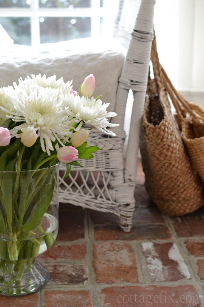 Cottage Fix blog - Spring bouquet