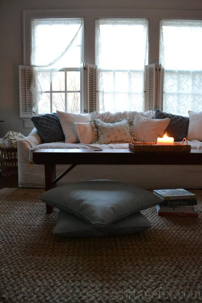 Cottage Fix blog - cozy winter knit pillows